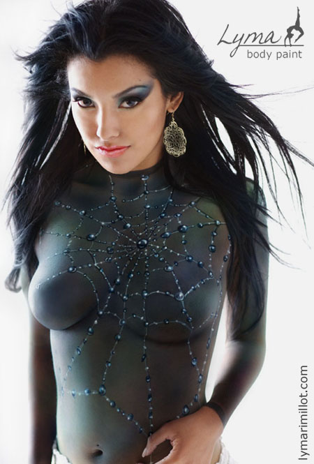 Sexy halloween bodypaint for Best body paint pics