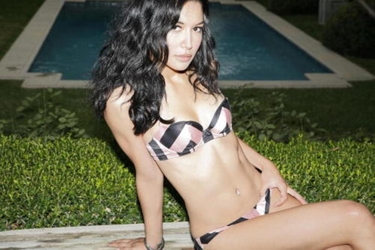 Cleavage Milanya Maria nude photos 2019